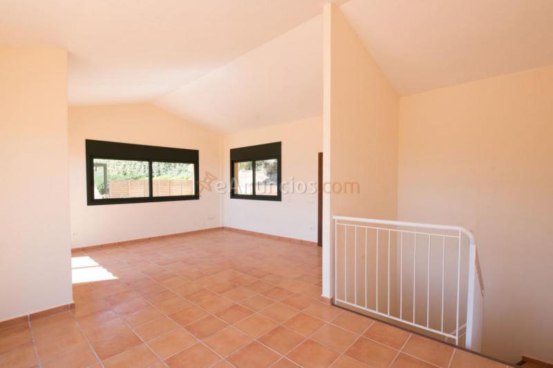 Casa en venta en carretera sa tuna 1857209 - Venta de pisos en montecarmelo ...
